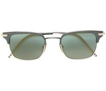 Sonnenbrille mit D-förmigem Rahmen
