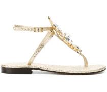 Sandalen mit Kristallapplikationen