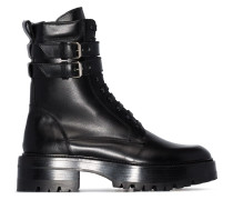 Stiefel im Military-Look