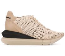 Sneakers mit Schichtsohle