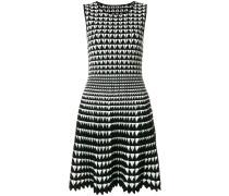 Kleid mit geometrischem Muster
