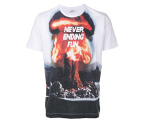 """T-Shirt mit """"Atomic""""-Print"""
