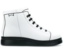TWS boots