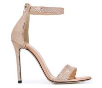 Sandalen im Metallic-Look