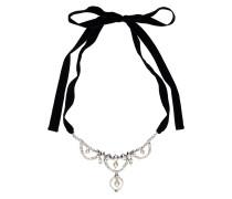 Halskette mit Perlen und Kristallen