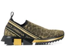 Sneakers mit Leo-Print