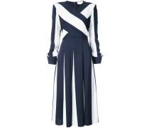 Ausgestelltes Kleid mit überkreuztem Design