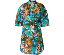 Kleid mit kurzen Ärmeln