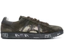 Wildleder-Sneakers mit runder Kappe