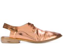 Schuhe mit Slingback-Riemen