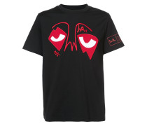 'Eyes on da World' T-Shirt