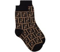 Gestrickte Socken mit FF