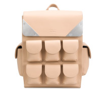 Kleiner Rucksack mit Taschen
