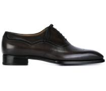 Oxford-Schuhe mit Budapestermuster