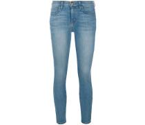 Skinny-Jeans mit kurzem Schnitt