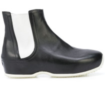 Stiefel im Clog-Look