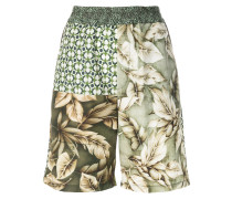 Florale Shorts mit Patchwork-Design