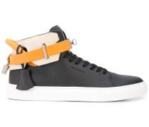 High-Top-Sneakers mit Knöchelriemen