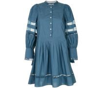 Kleid mit Netzeinsätzen