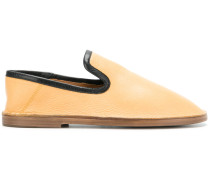 round toe loafers