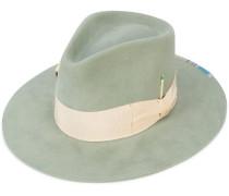 Lafemmenu hat
