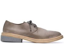 Klobige Schuhe