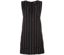 Gestreiftes Kleid mit V-Ausschnitt
