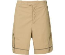 Shorts mit Ziernähten