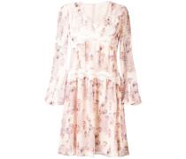 Kleid mit Spitzenborte
