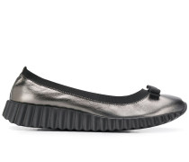 Slip-On-Sneakers mit Vara-Schleife