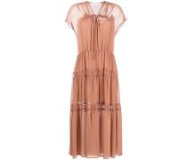 Gestuftes Kleid mit kurzen Ärmeln