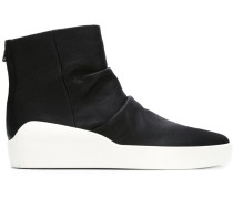 High-Top-Sneakers mit Faltendetails