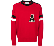 "Pullover mit ""A""-Patch"