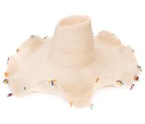 Hut mit Kristallverzierungen