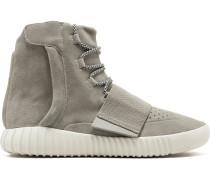 ' 750 Boost' Sneakers