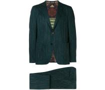 Zweiteiliger Anzug mit Streifenmuster
