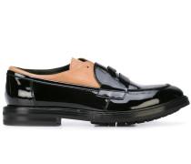 Loafer mit Lacklederoptik