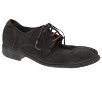 Schuhe mit Schnürsenkeln