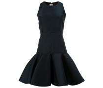 Kleid mit ausgestelltem Saum