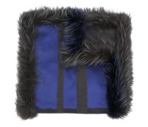 Breiter Schal mit Farbkontrast