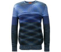 Pullover mit Wellenmuster