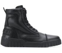 Stiefel im Sneaker-Design