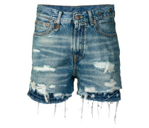 Jeansshorts im Layering-Look