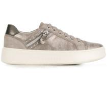 'Nhenbus' Sneakers