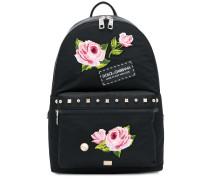 Rucksack mit Blumenapplikationen