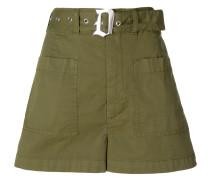Ausgestellte Shorts mit Gürtel