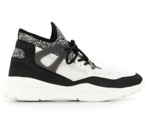 'North' Sneakers