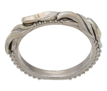 Ring im Federdesign