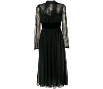 Kleid mit Punkten