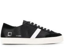 D.A.T.E. Sneakers mit Prägung